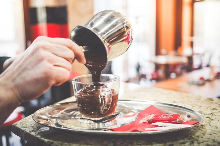 barista-preparing-the-best-hot-chocolate-picjumbo-com